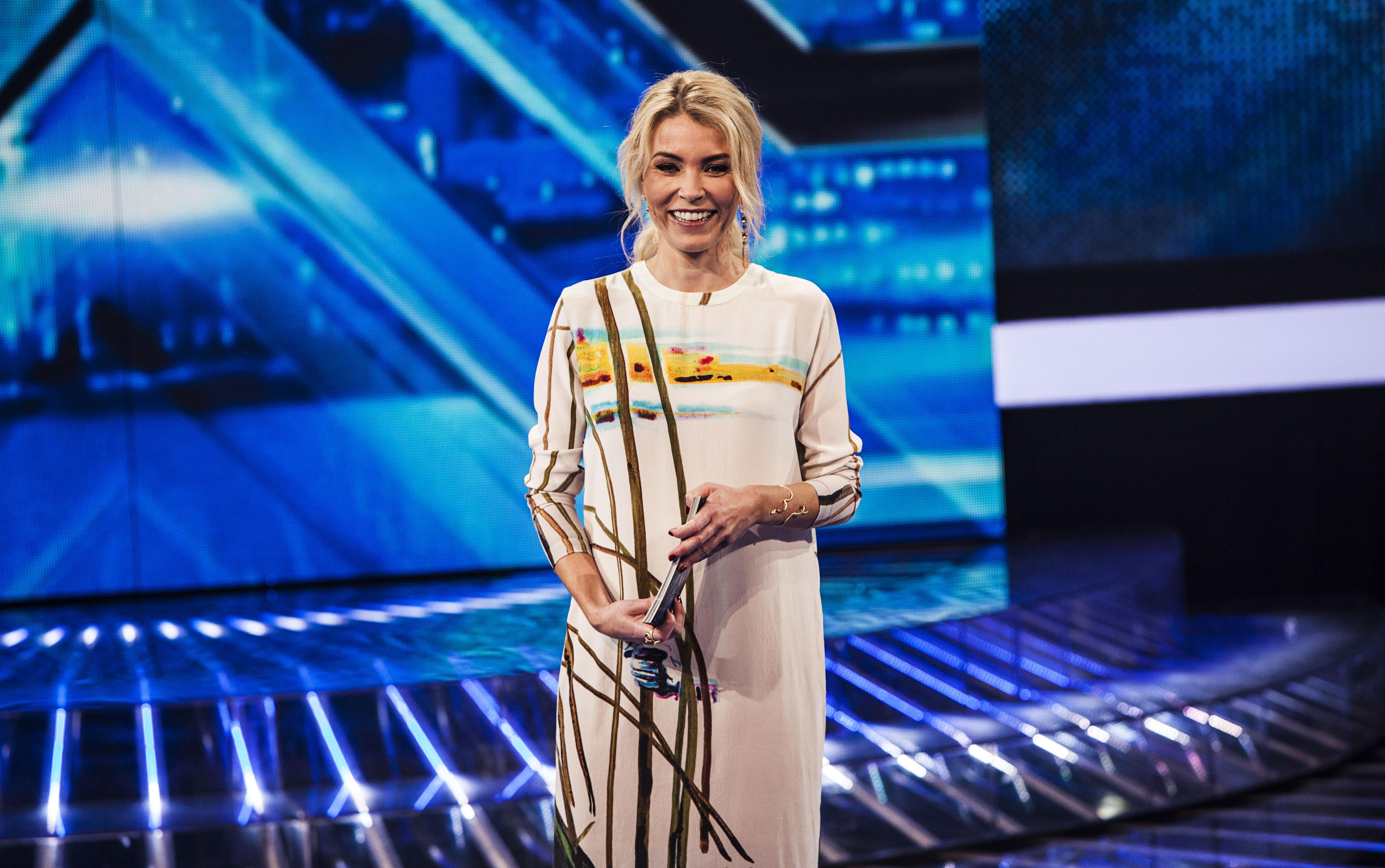 X Factor 2. liveshow