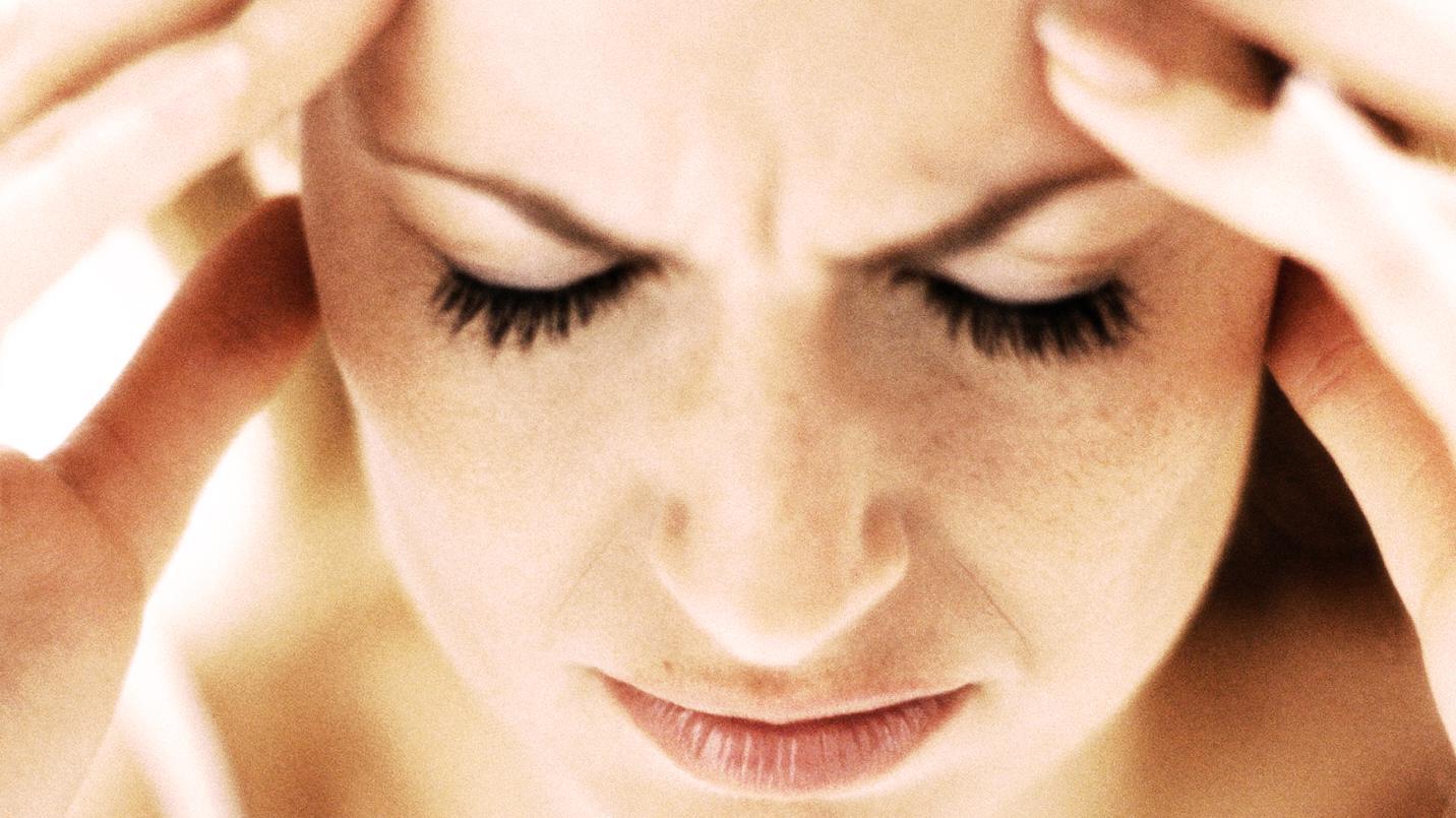 Er du ramt af migræne? Indsprøjtning kan måske snart hjælpe dig | Lev nu | DR