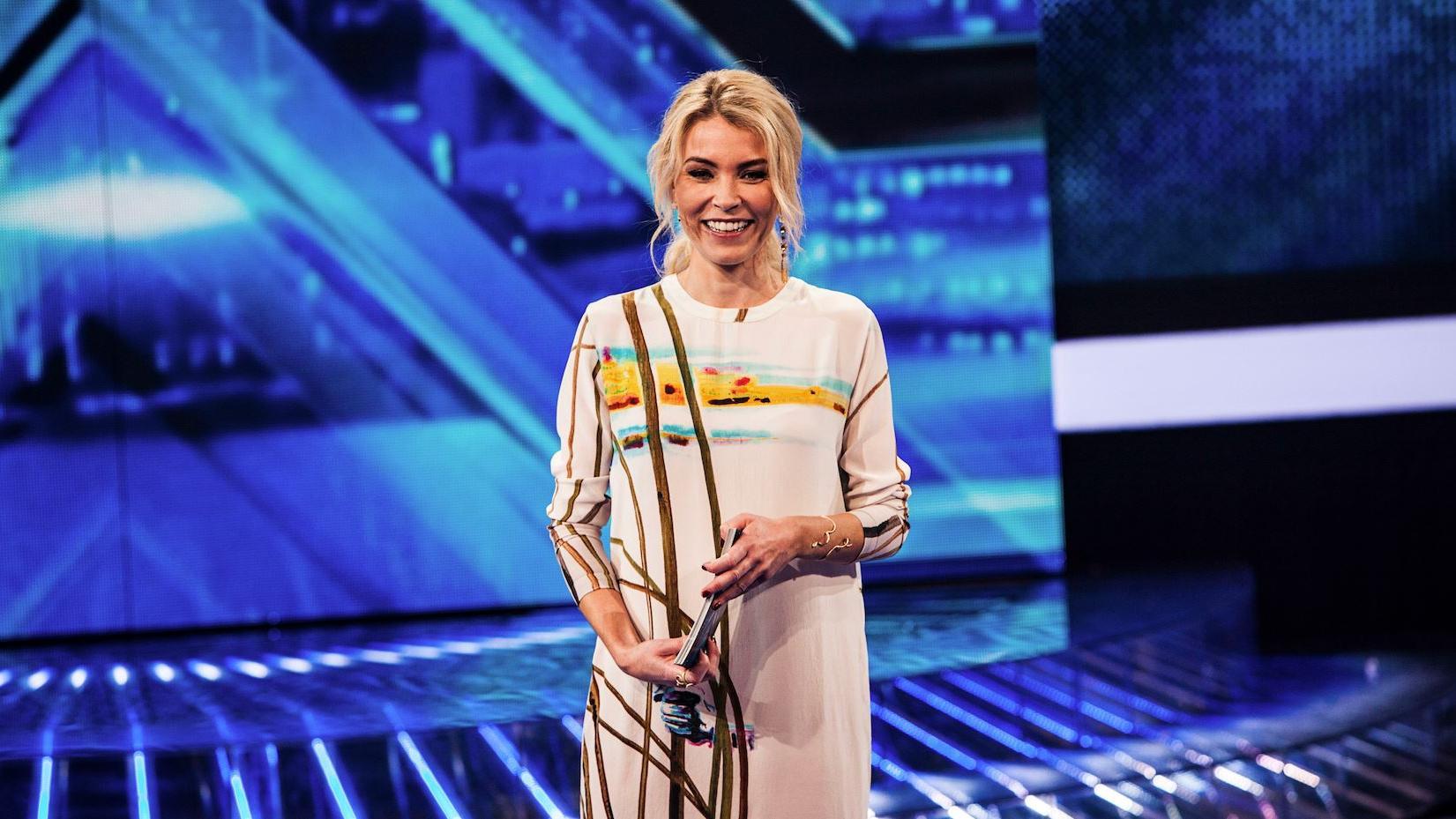 Eva Harlou X Factor 2015