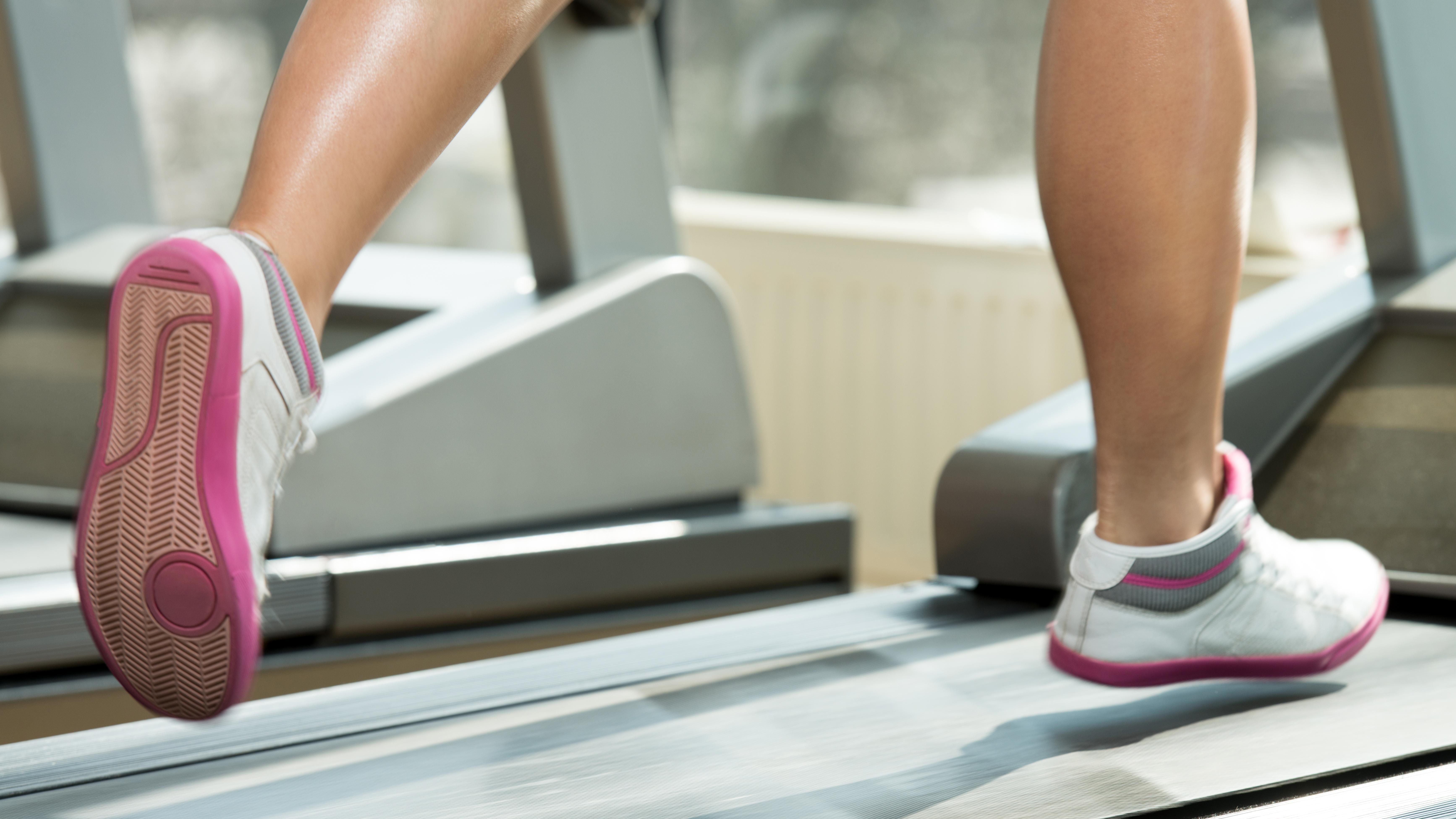 BREVKASSE Hvordan træner man sig bedst ned i vægt? | Lev nu | DR