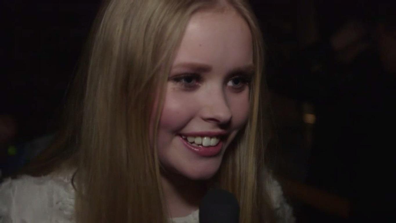 Emilie bag scenen X Factor 2015