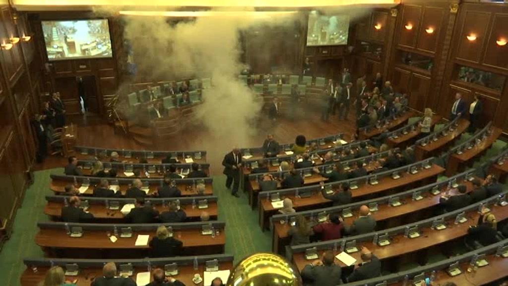 kosovo_protest_00030623.jpeg