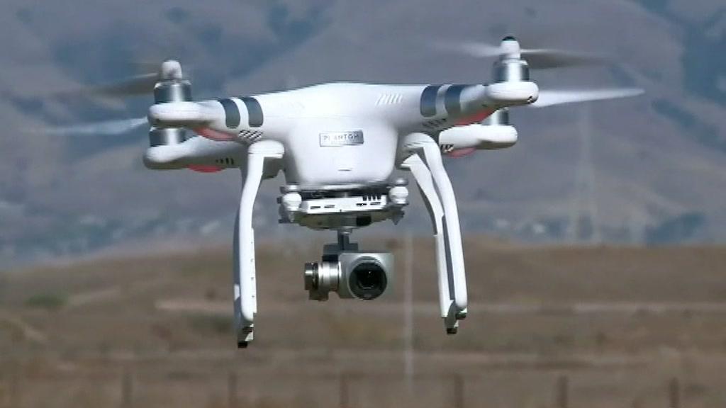 us_small_drones_00014812.jpeg