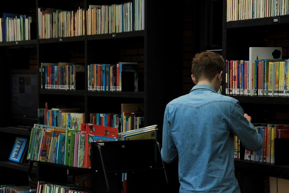 bibliotek bøger