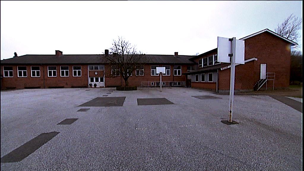 Tversted Skole er lukket
