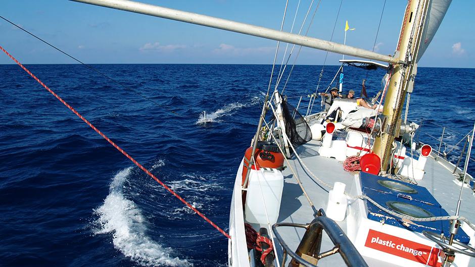 Skibet fra Plastic Change har tidligere sejlet fra Middelhavet til Atlanterhavet for at jagte plastik.