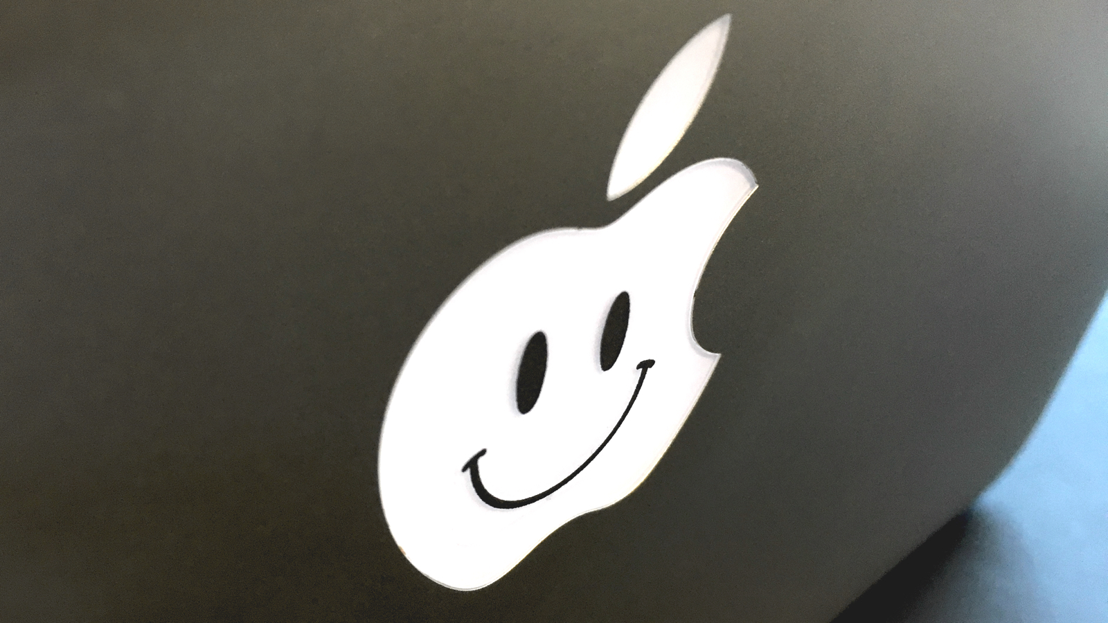 apple_glad_logo.jpg
