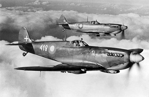 supermarinespitfirehfmkix_-_danmarks_flyvemuseum_0.jpg