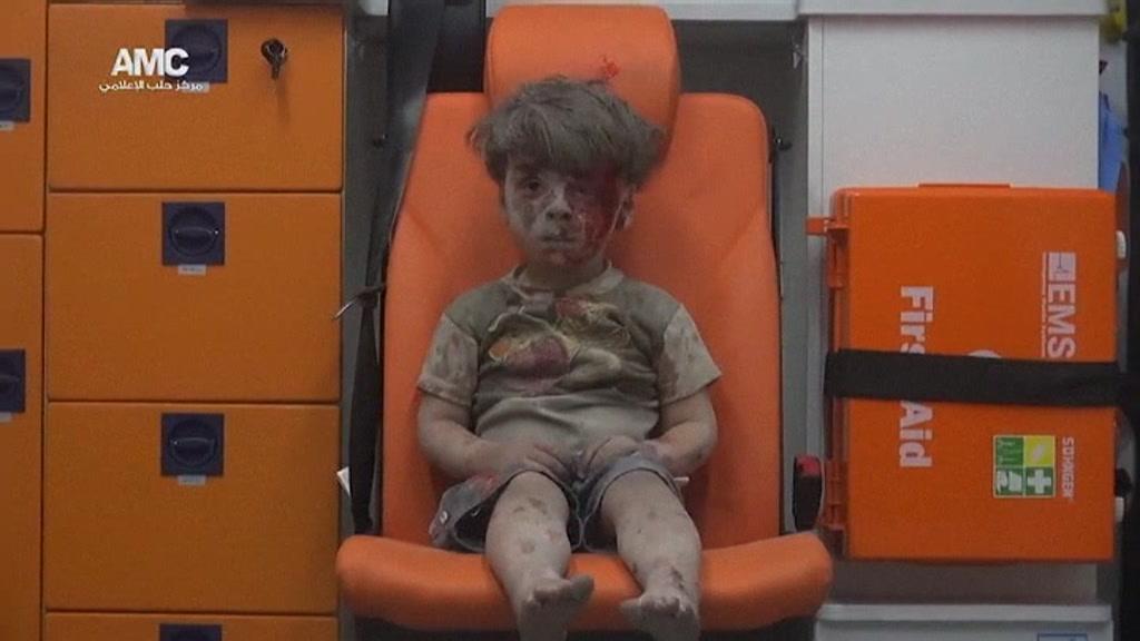 syria_aleppo_airstrikes_00003309.jpeg