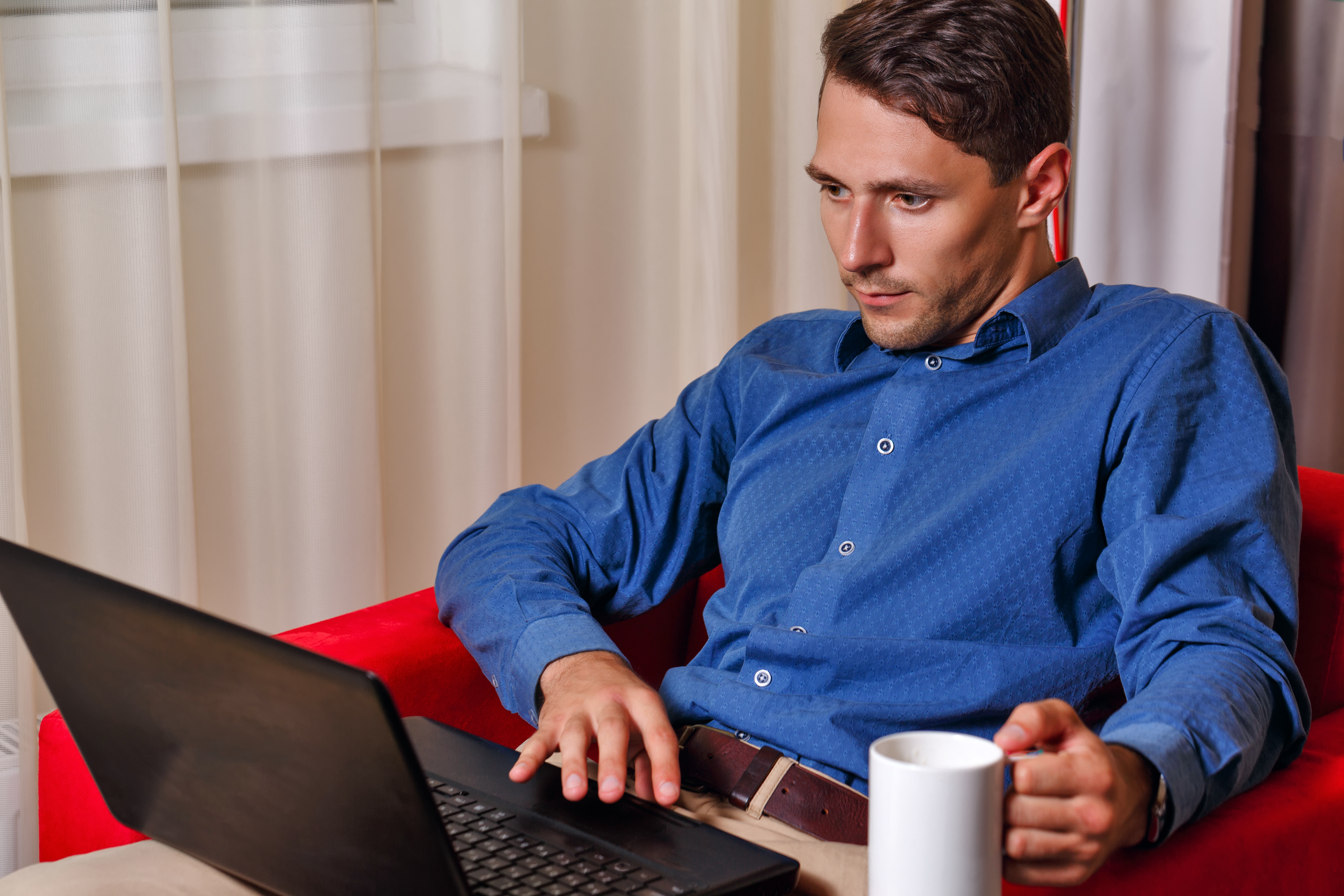 mand med computer