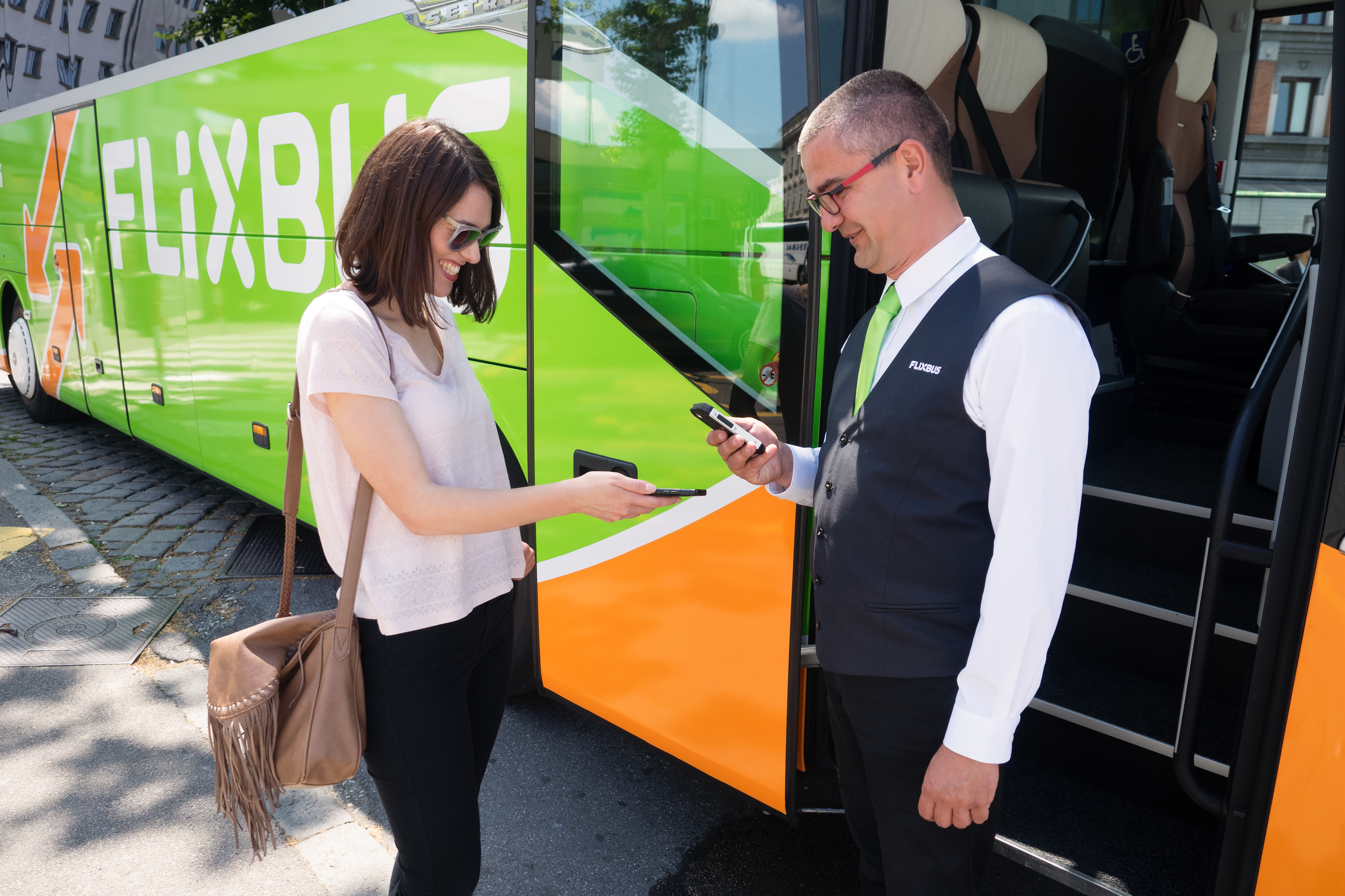 flixbus-mobile-check-in-image-free-for-editorial_purposes.jpg