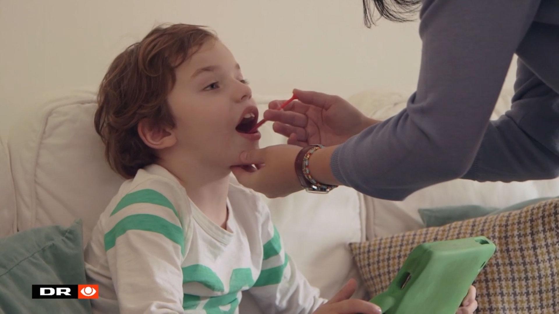 Cannabismedicinen har ikke gjort Valentin anfaldsfri, men ifølge forældrene kommer han sig hurtigere efter anfaldene