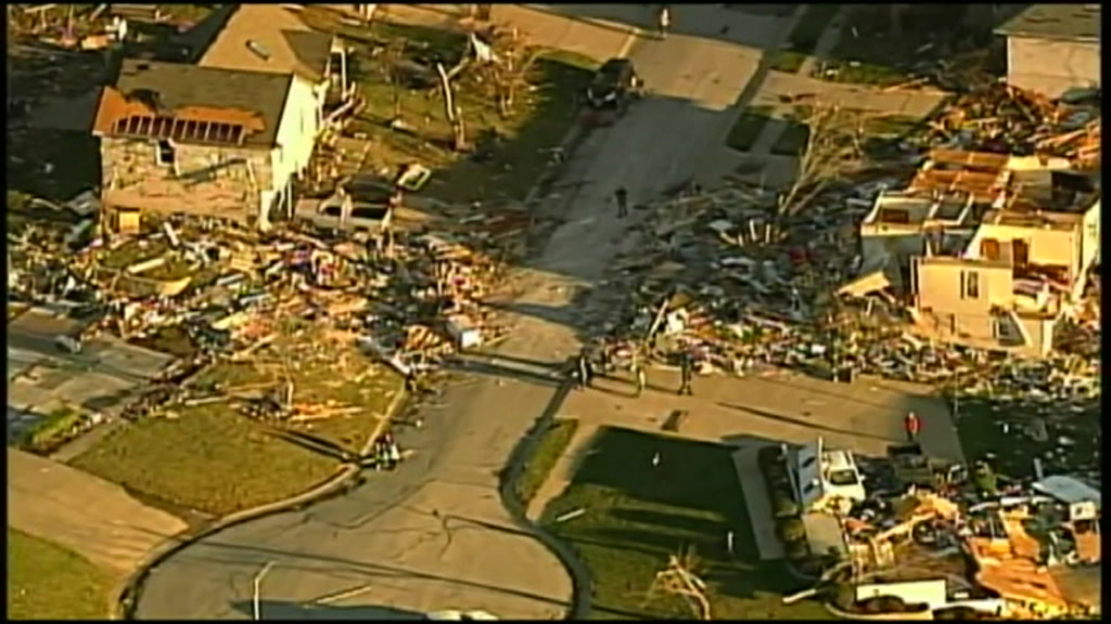us_missouri_tornado_damage_00013623_0.jpeg