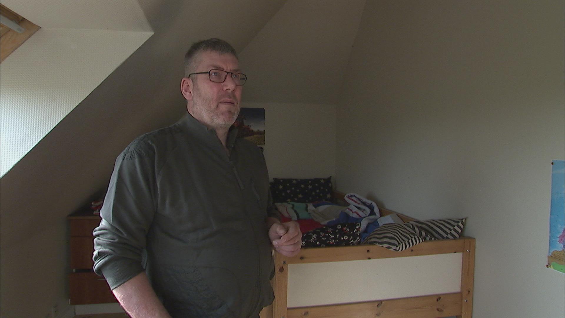 Søren Mikkelsen, plejefar