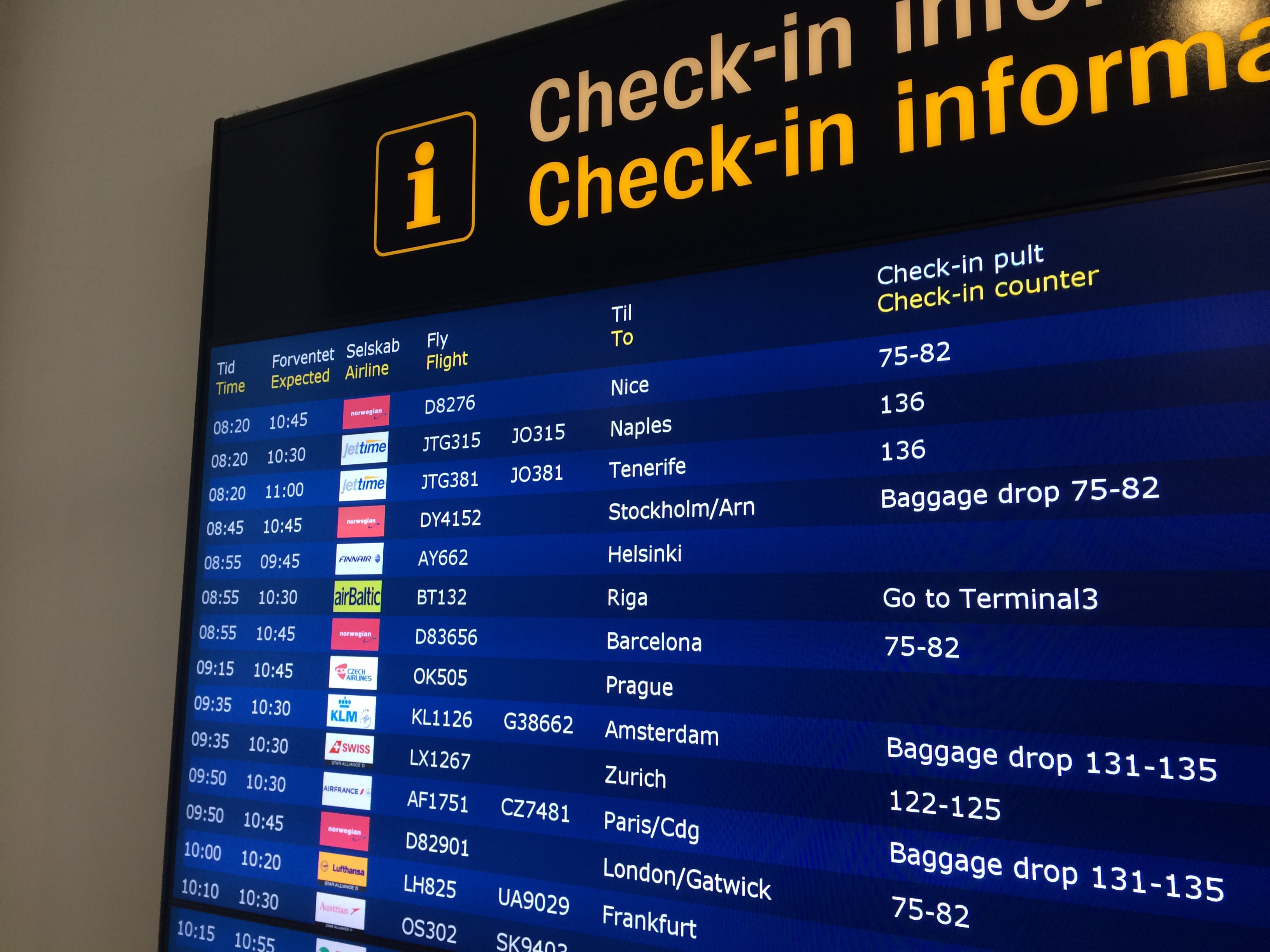 Informationstavle lufthavnen
