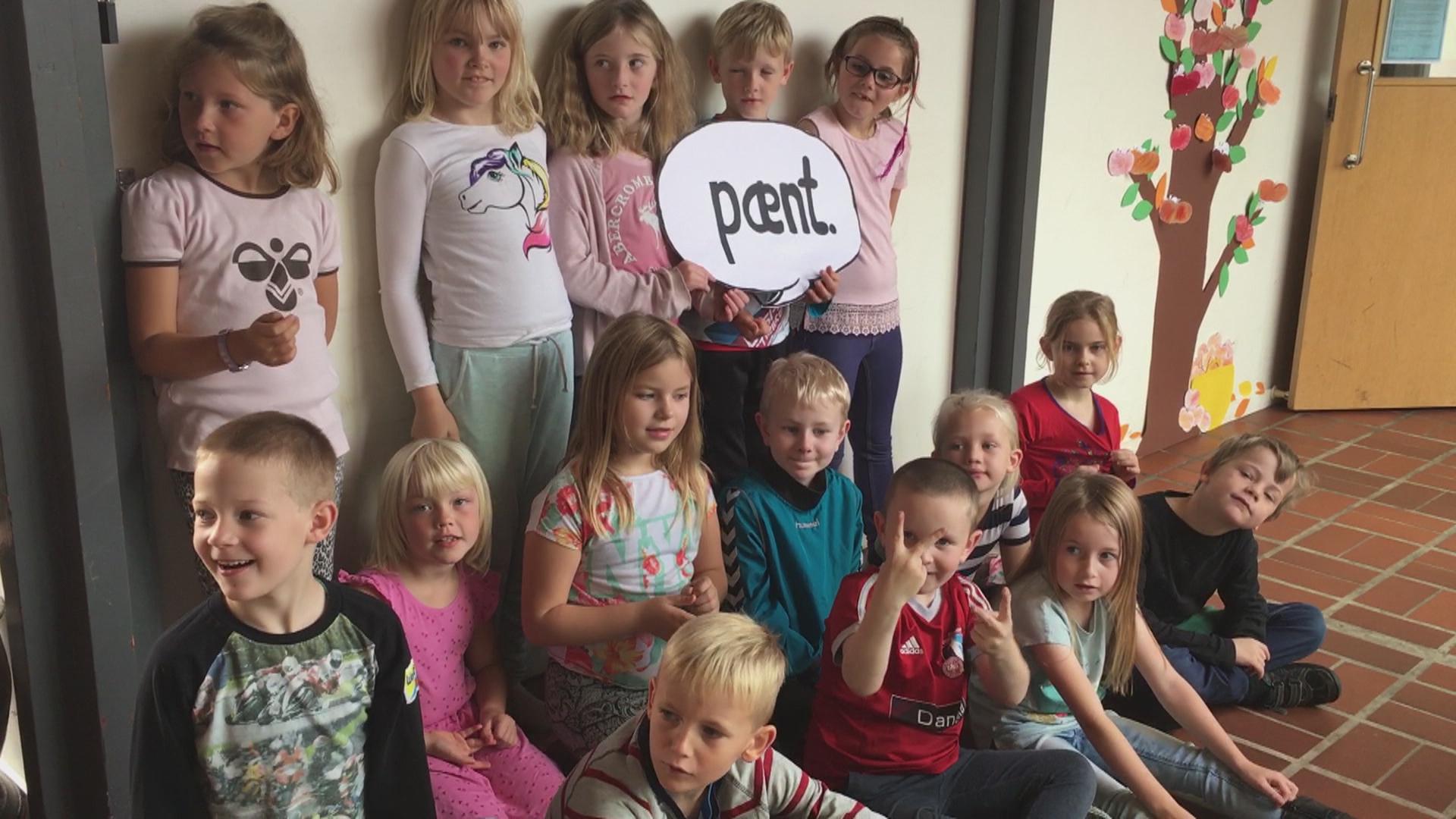 Skoler til kamp for den gode tone: 1. A skriver søde ord på æbler | Midt- og Vestjylland | DR