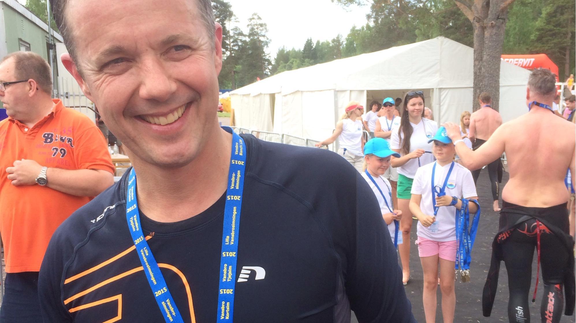 Kronprins Frederik deltager i svensk ekstrem-svømme-løb.jpg