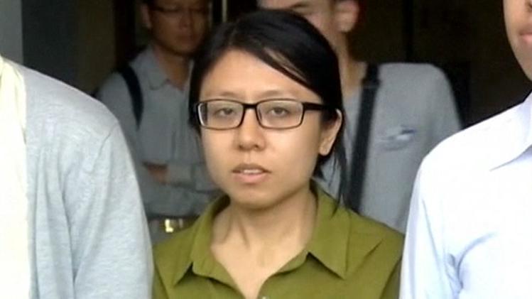 nyheder udland video kinesere i bh protesterer over dom i bryst sag