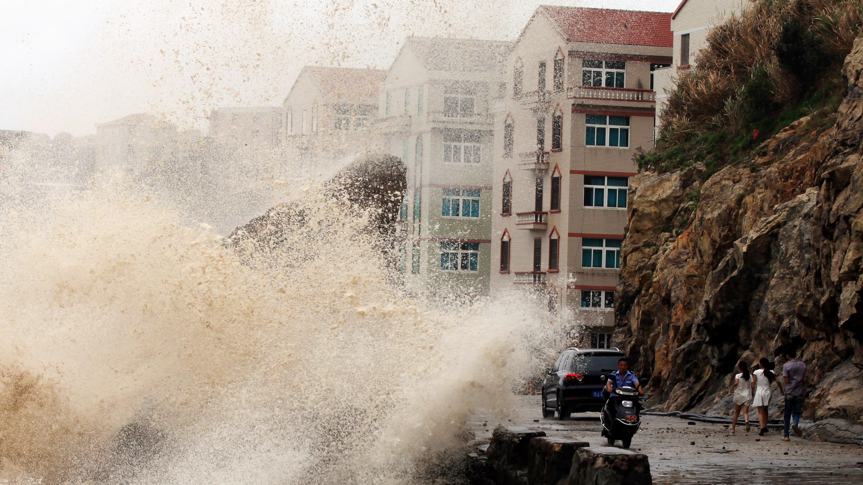 Dødelig tyfon er nået til Kina | Udland | DR