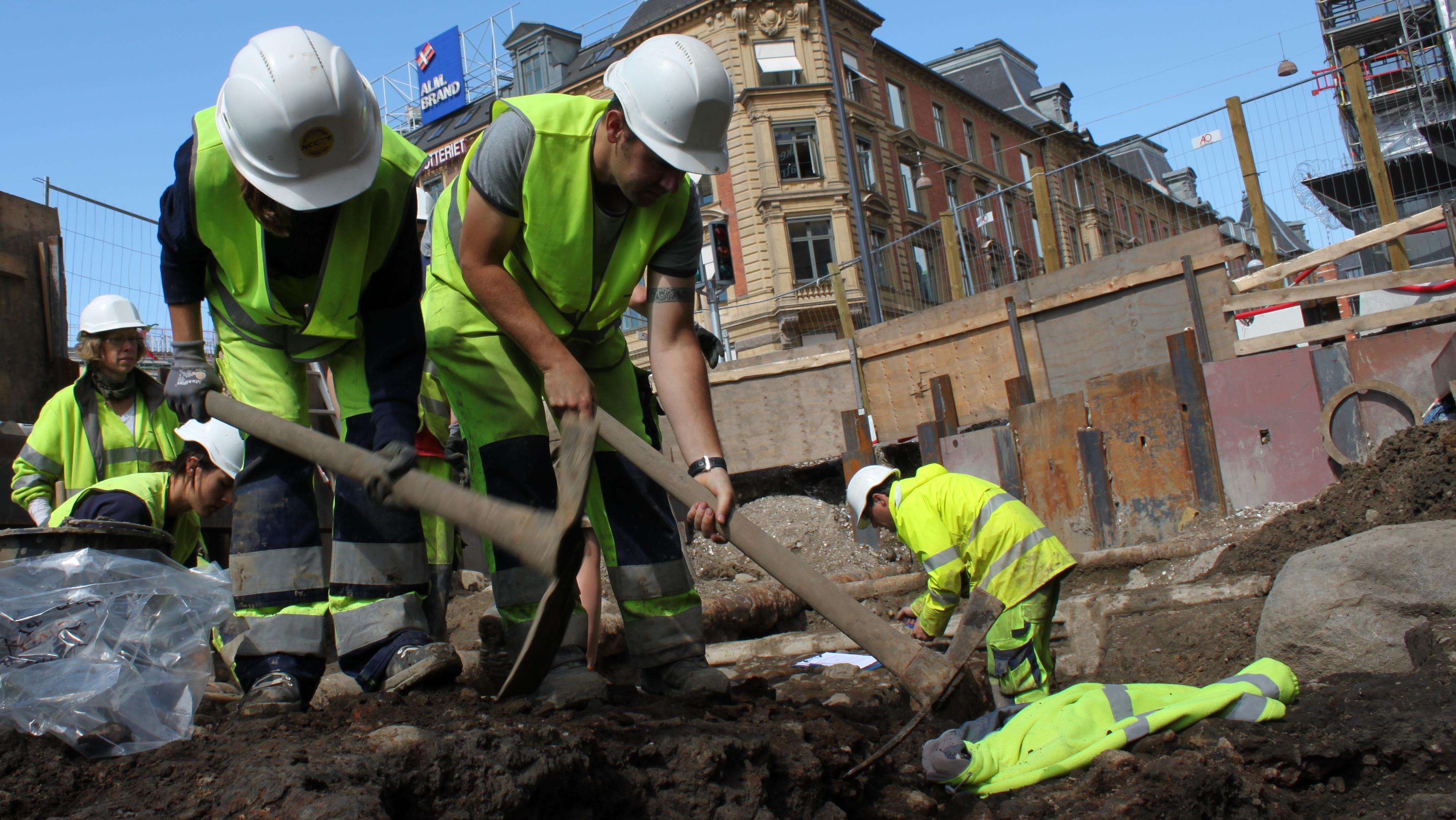 Arkæologiske udgravninger omkring metroen 1