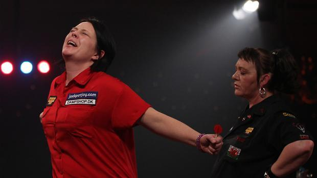 bdo_world_championships_2014round_2_peters789.jpg