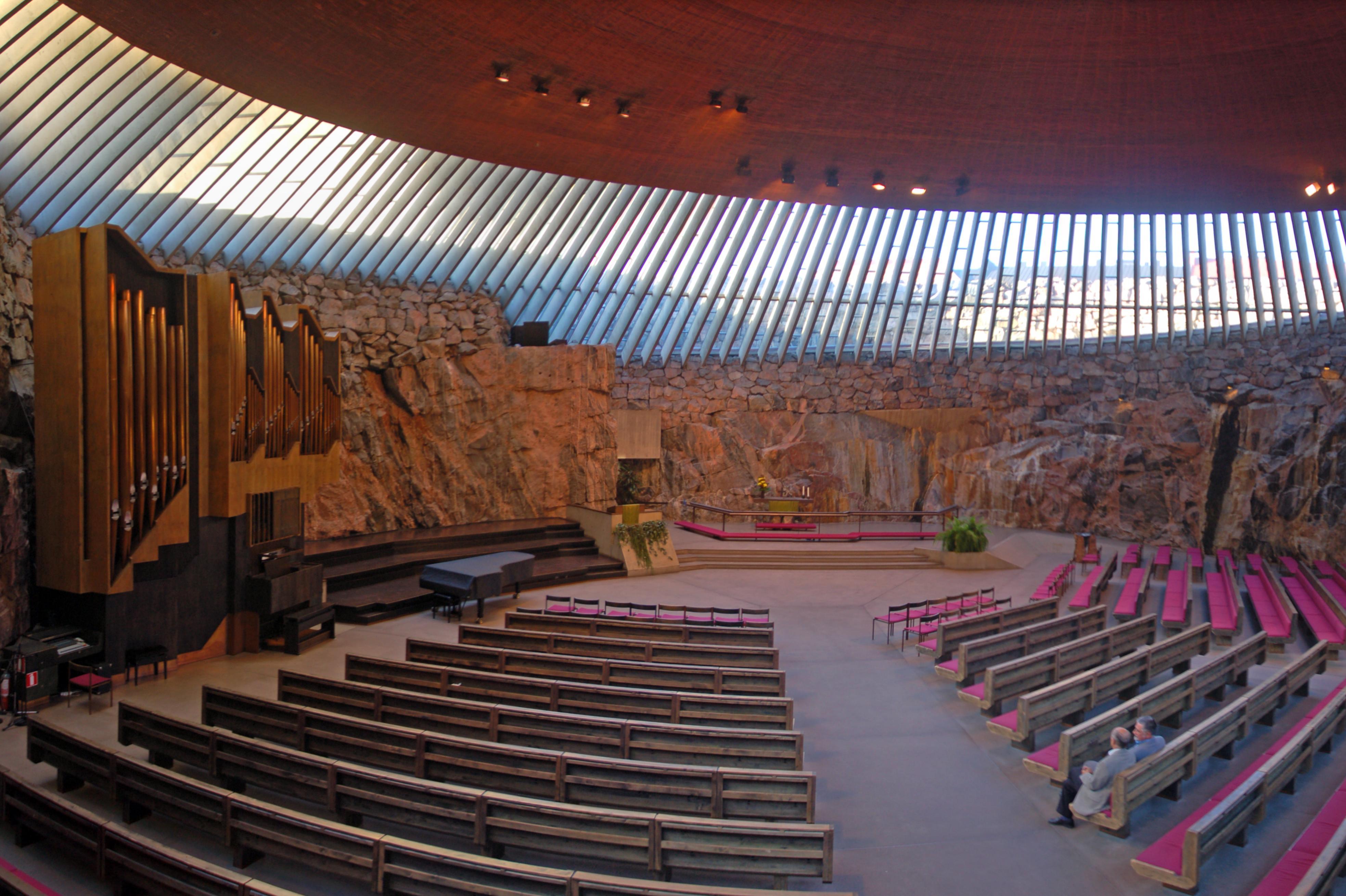 temppeliaukio-helsinki-by-ralfr-1.jpg