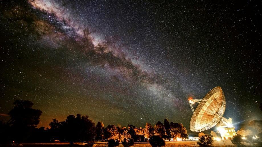 csiro_parkes_radio_telescope.jpg