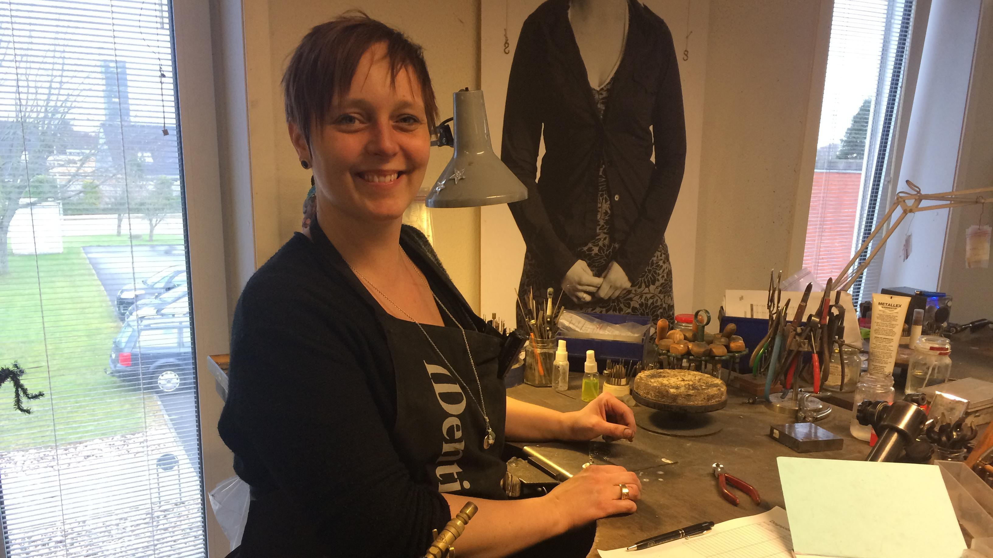 Guldsmed Kirstine Pepping Smykker med fingeraftryk
