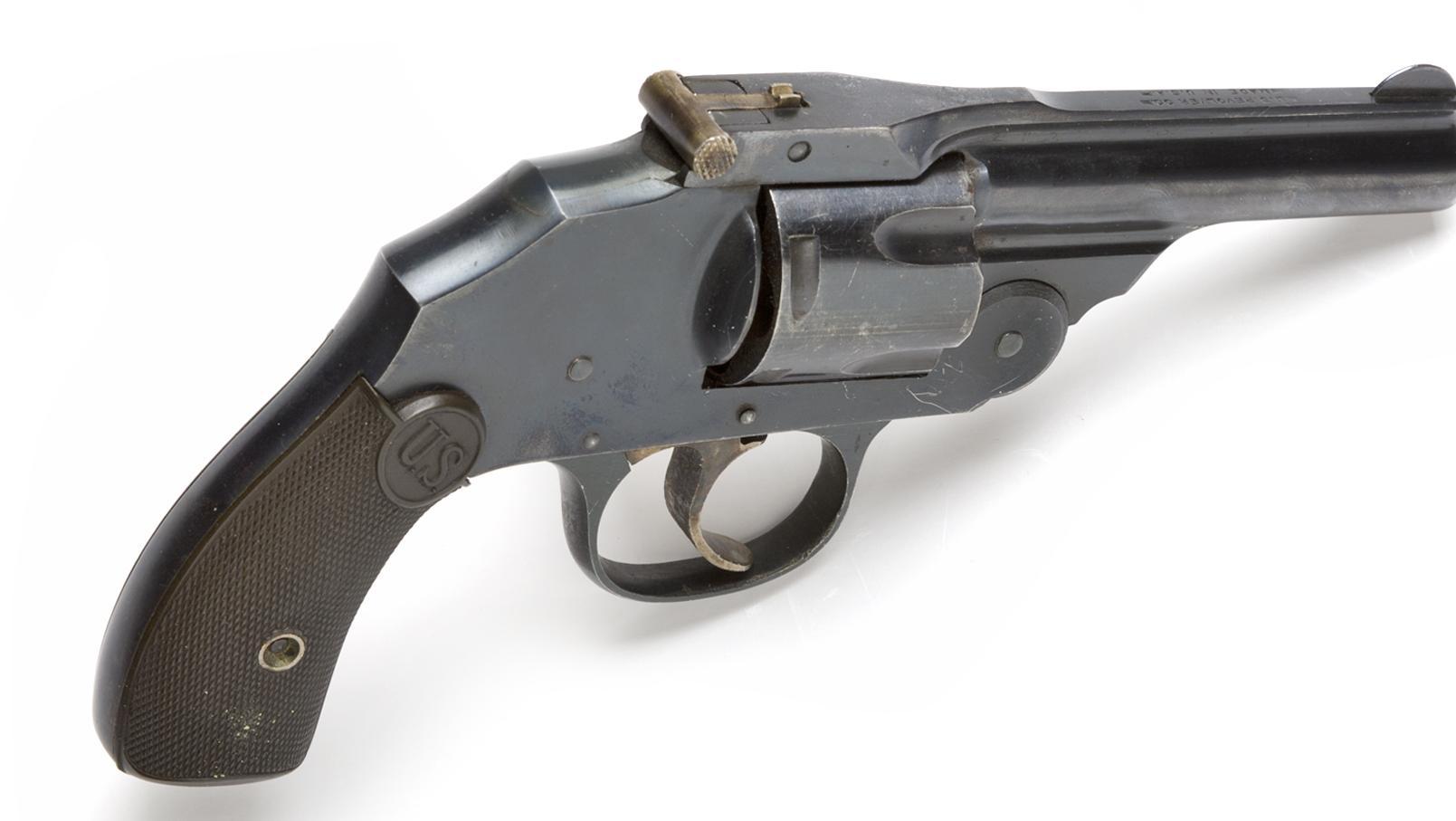 revolver_politi.jpg