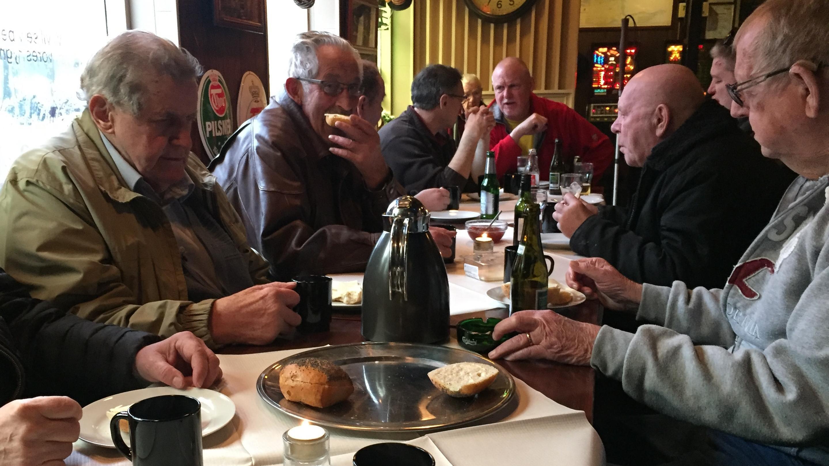 Ældre på Lumskebugten