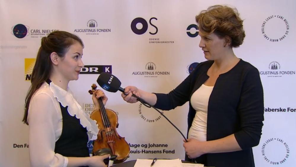 liya_og_violinen.png