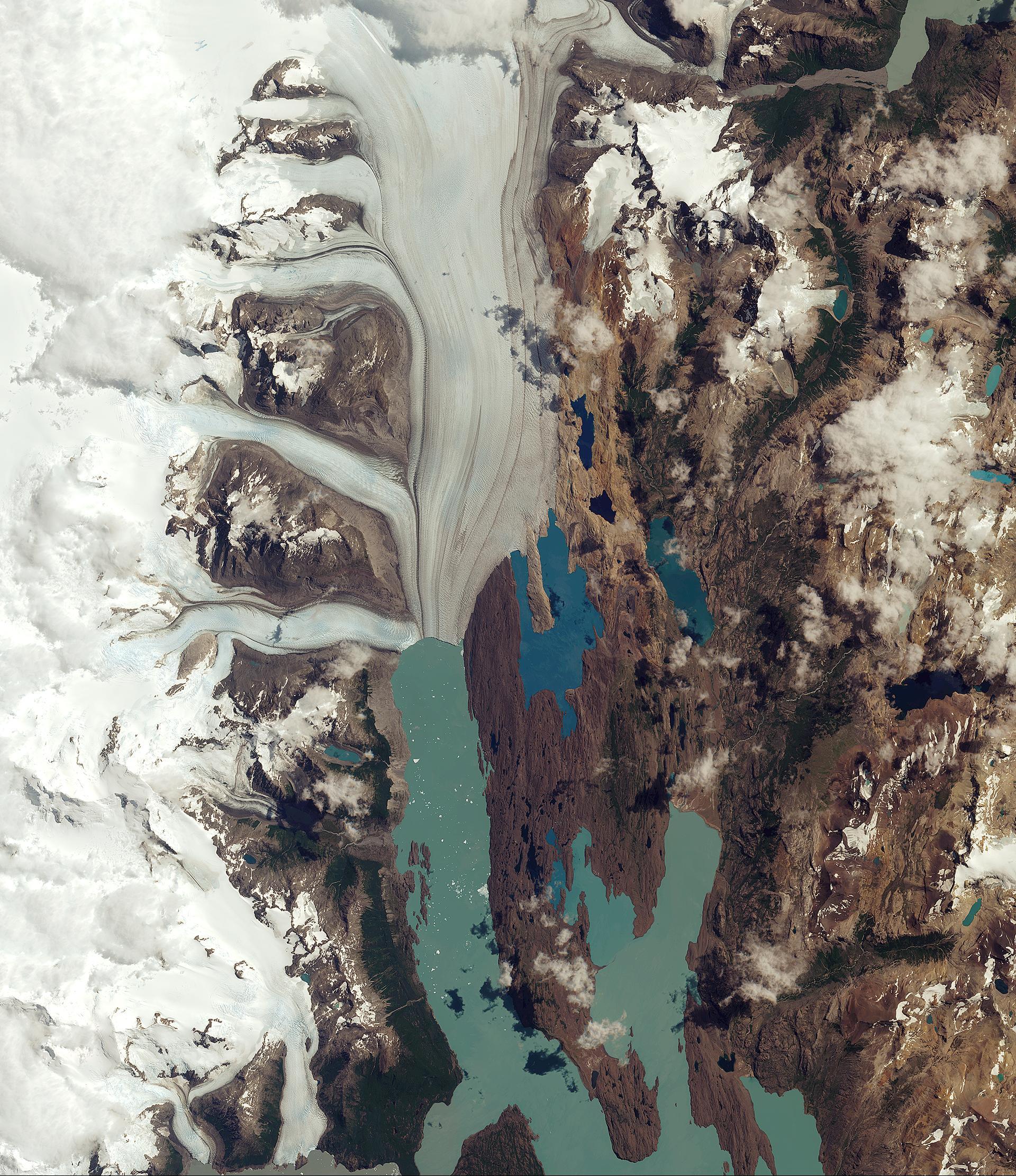 upsala_glacier.jpg