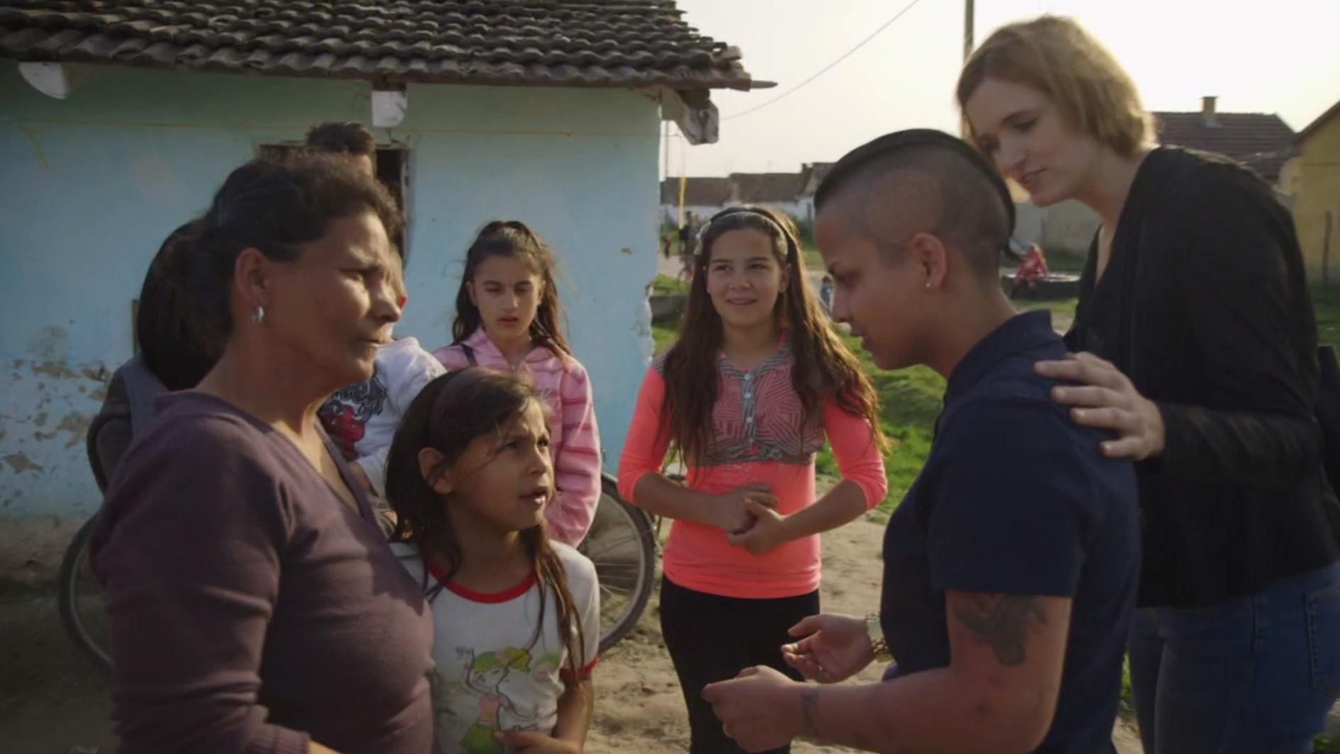 levnu psykologi adopterede maria fandt sin familie nu vil hun aendre danskernes syn paa romaer