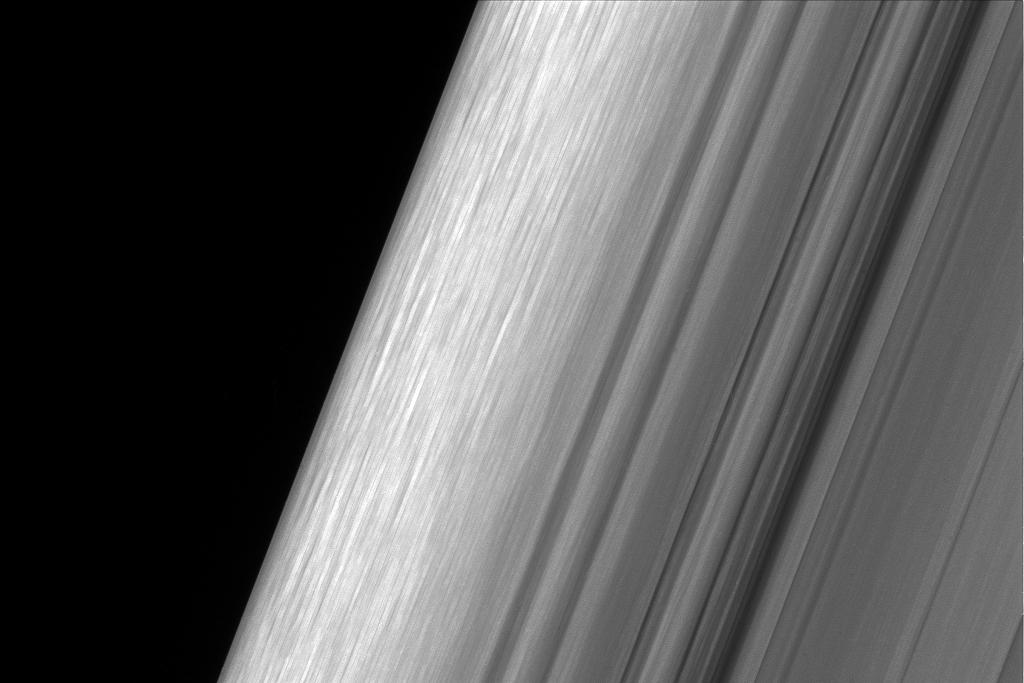 saturn_b-ring_sugeroer.jpg