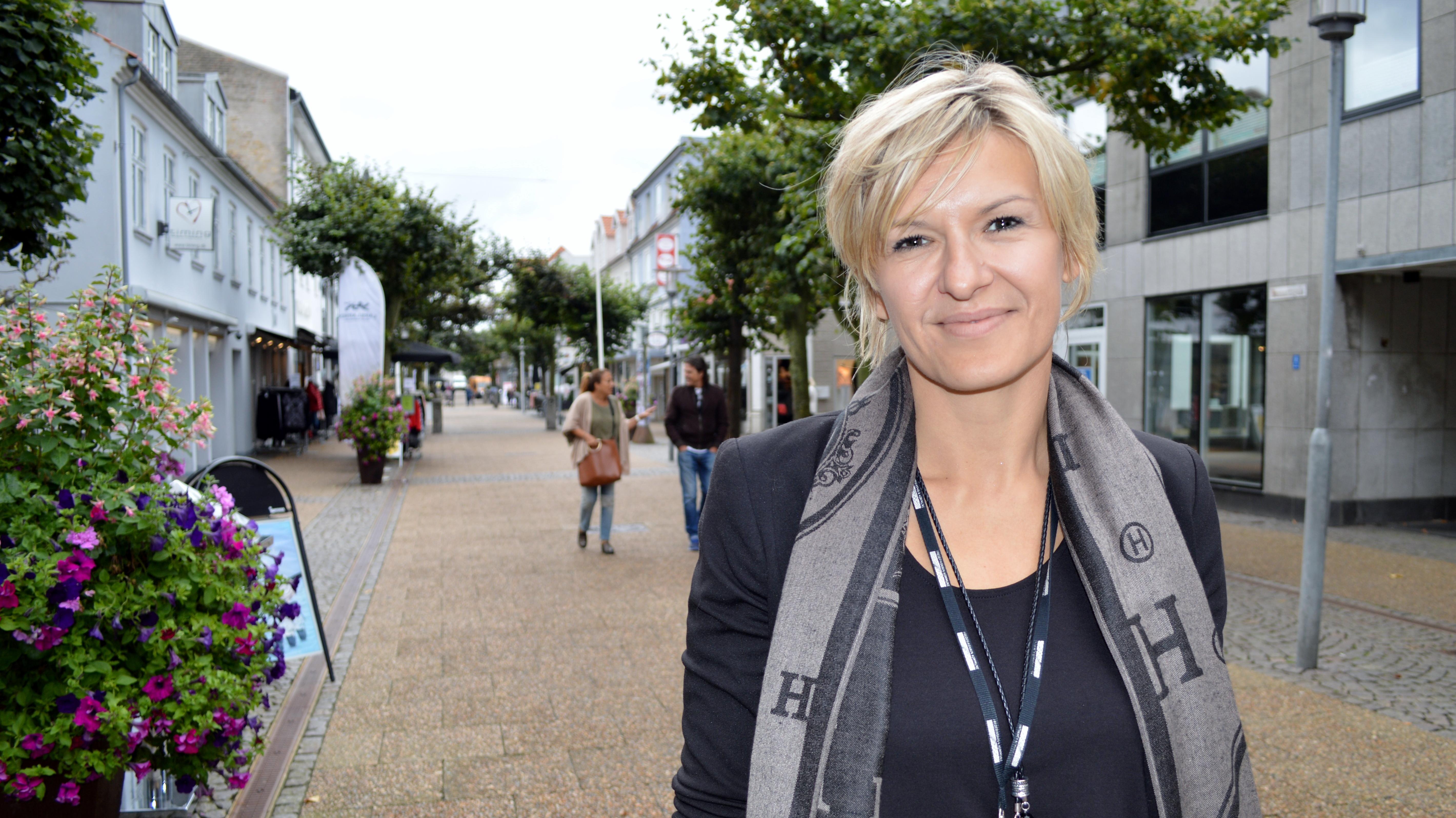 Almina Nikontovic.jpg