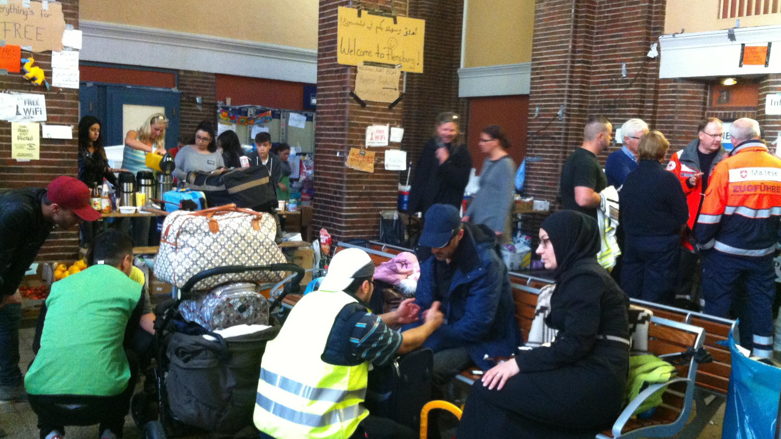 flygtninge på flensborg station.jpg