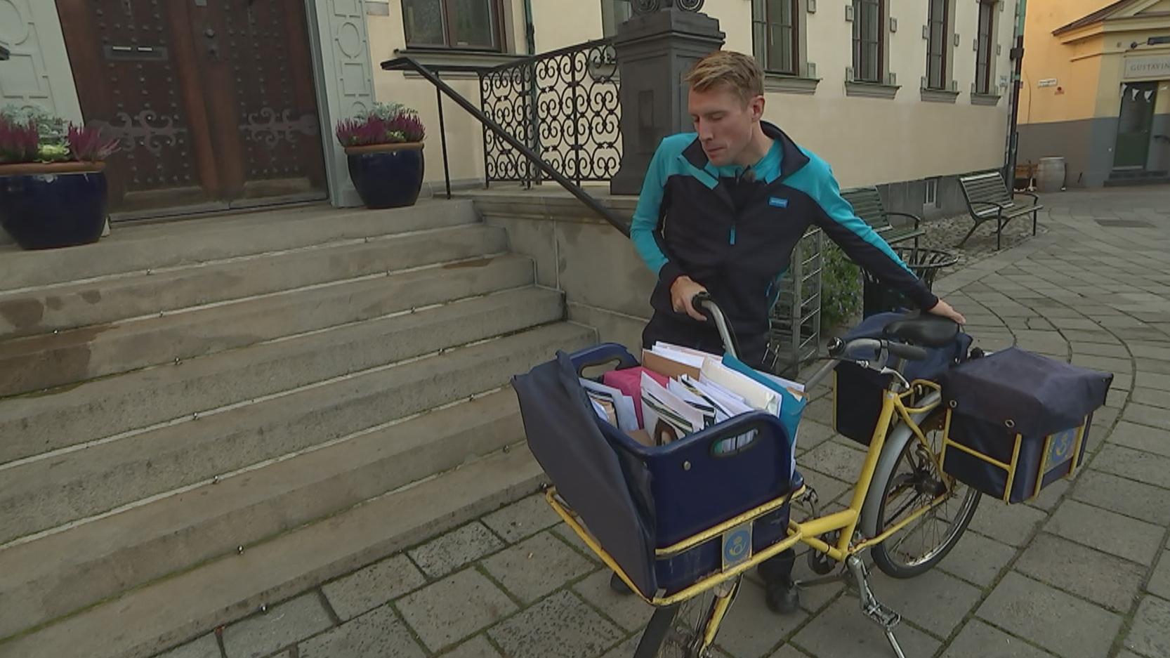 Svensk postbud på arbejde i Malmø