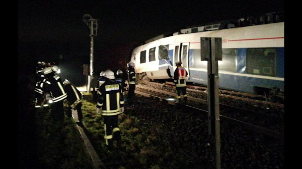 9626611_mlrk_de_train_collision_stills-20.05.29.17.jpg