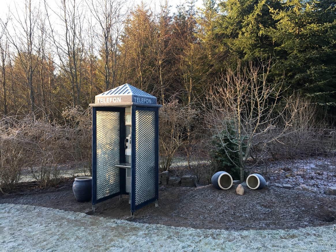telefon2.jpg