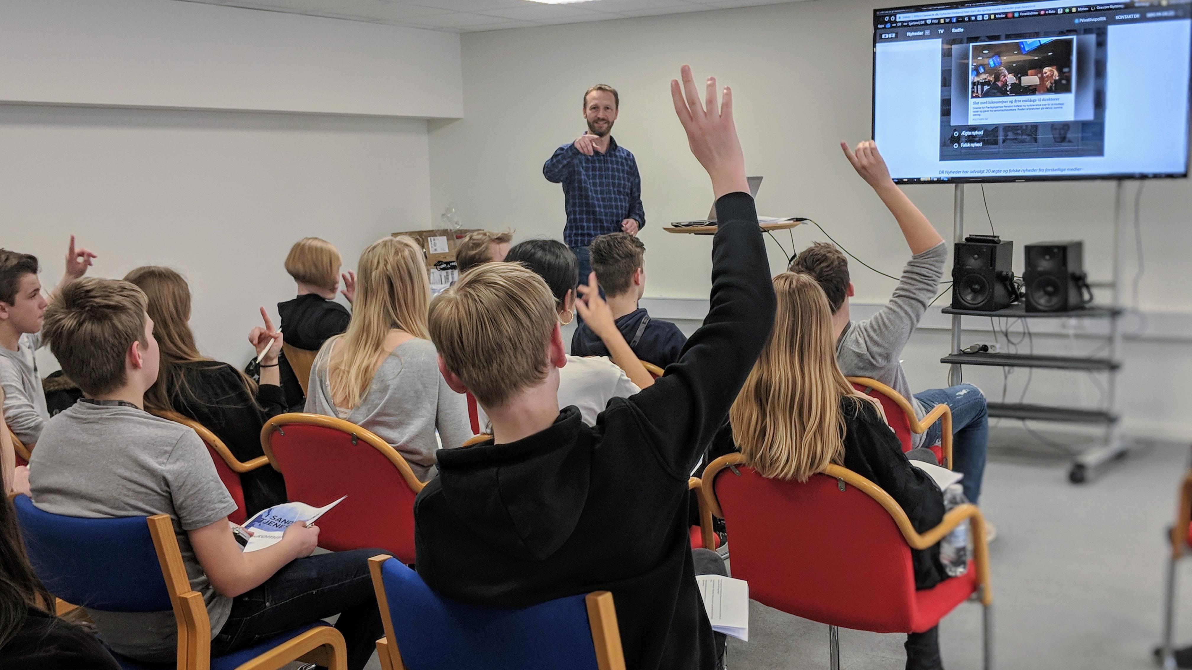 I Sandhedens Tjeneste hos P4 Sjælland