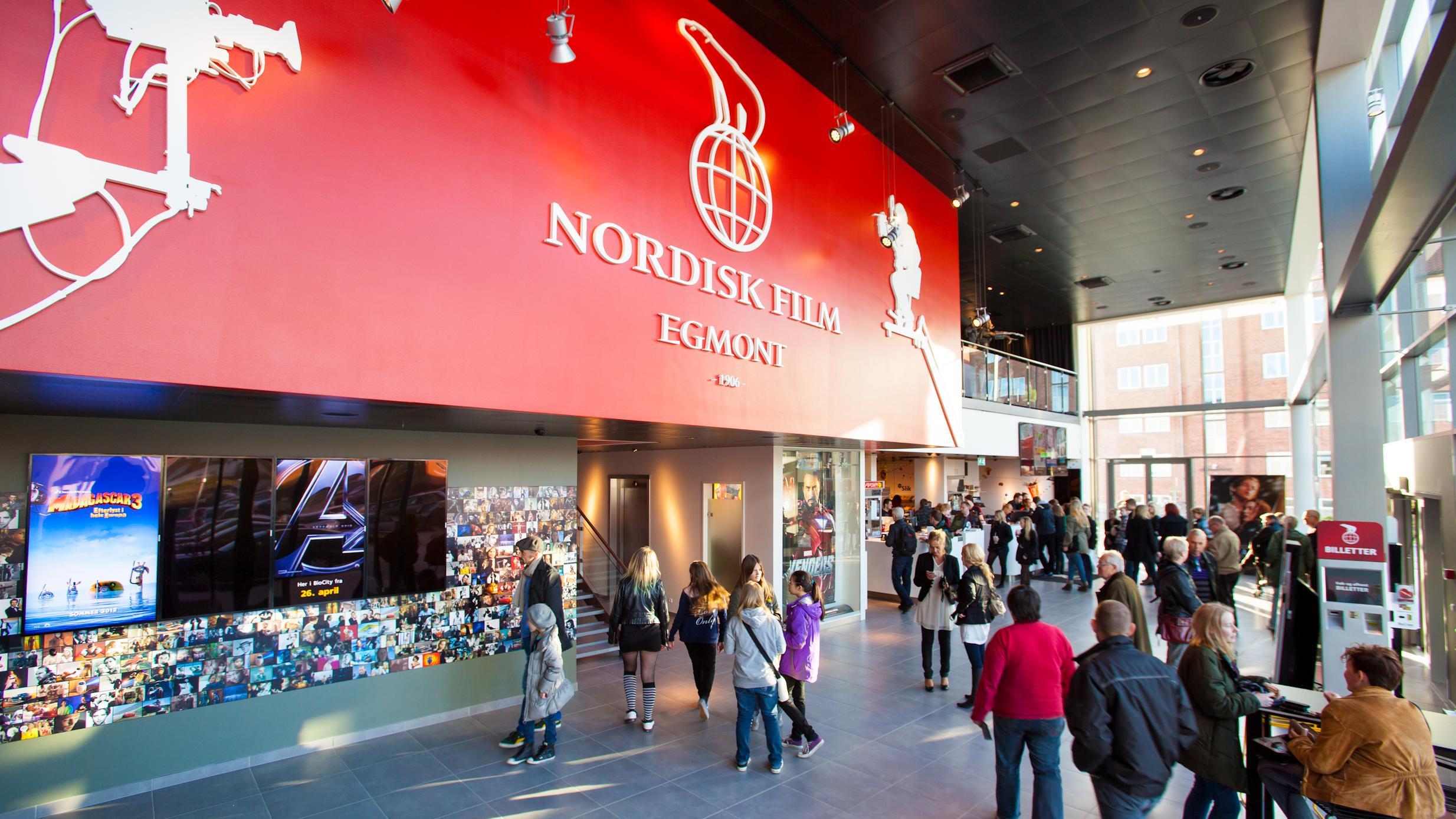 billeder kvinder nordisk film biografer århus