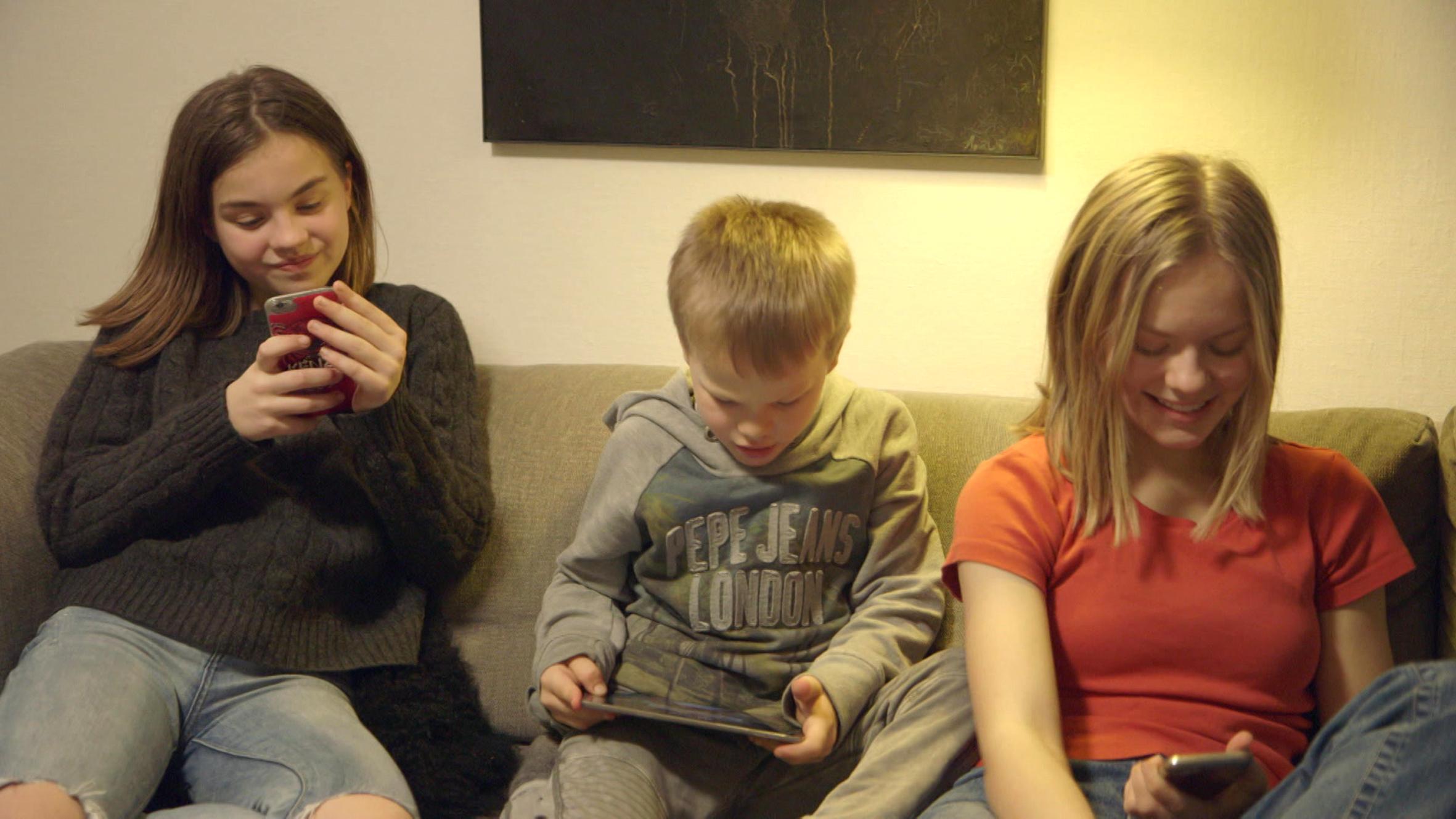 Eksperimentet: Familien som skærmjunkier