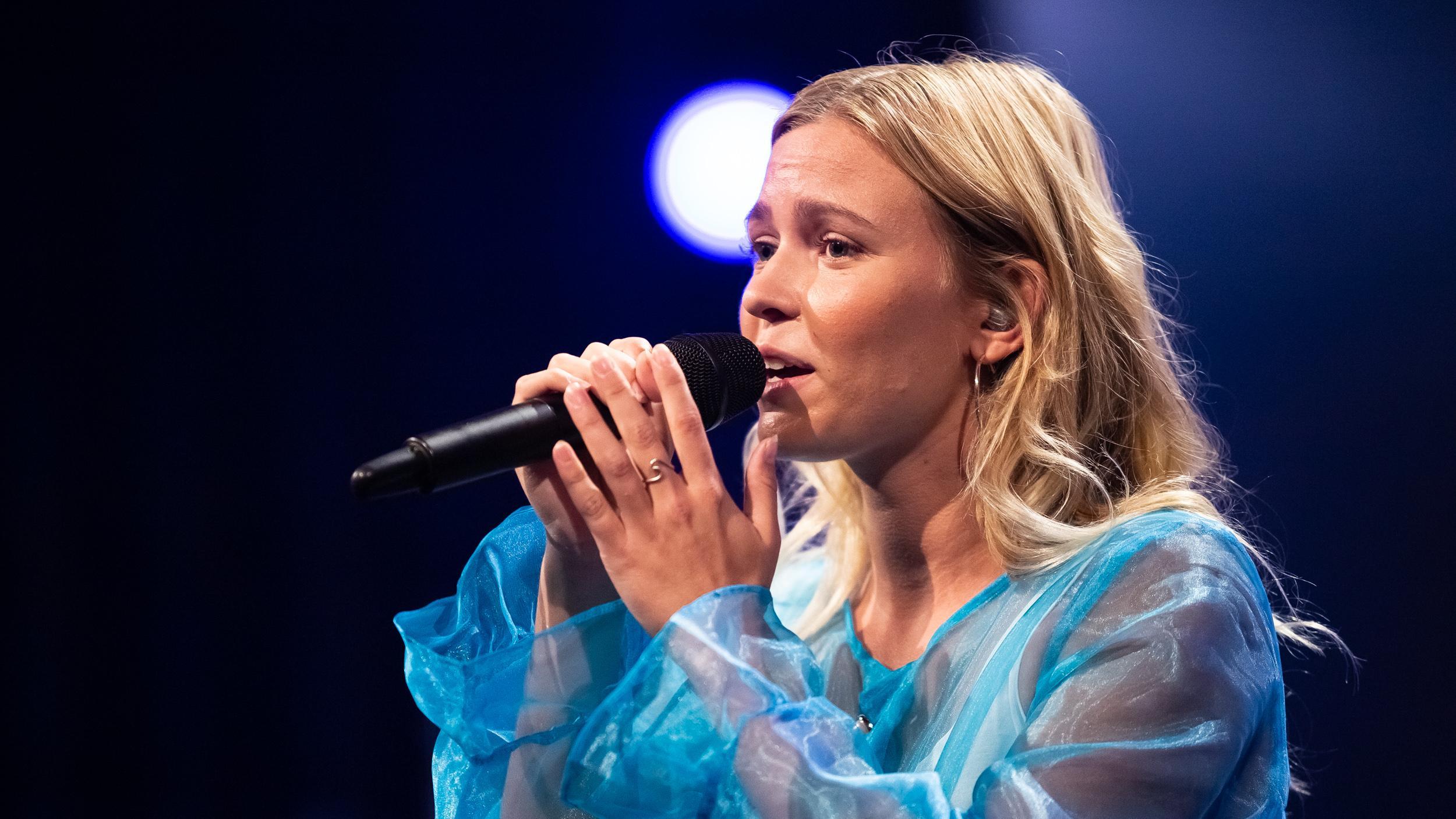 LIVE Sarah Færch