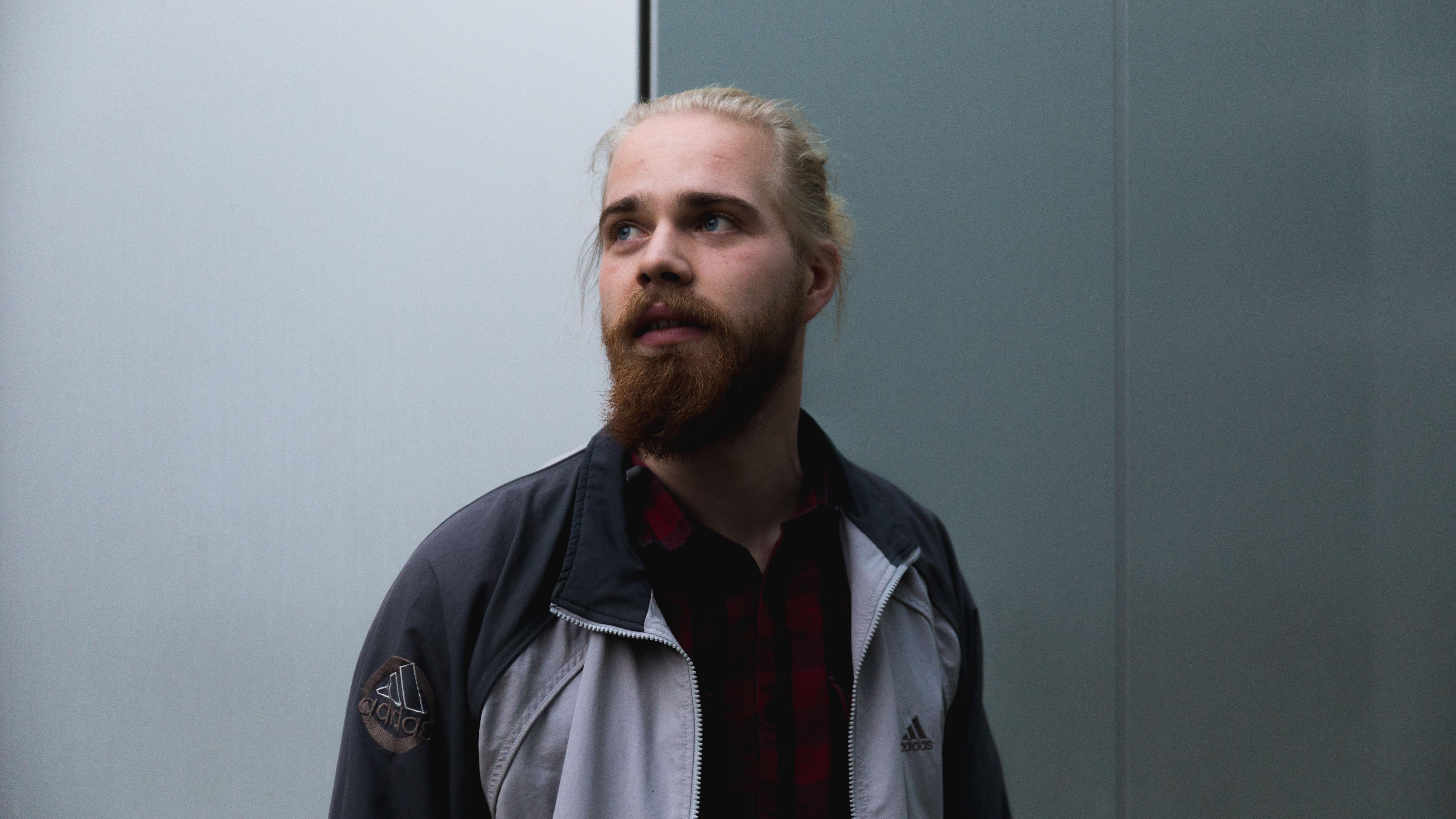 LIVE Rasmus Nelausen