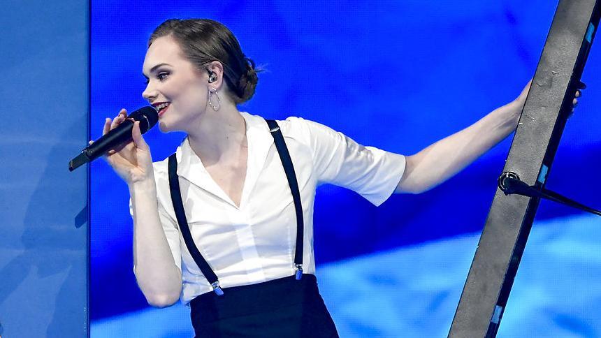Leonora i Eurovision-semifinalen