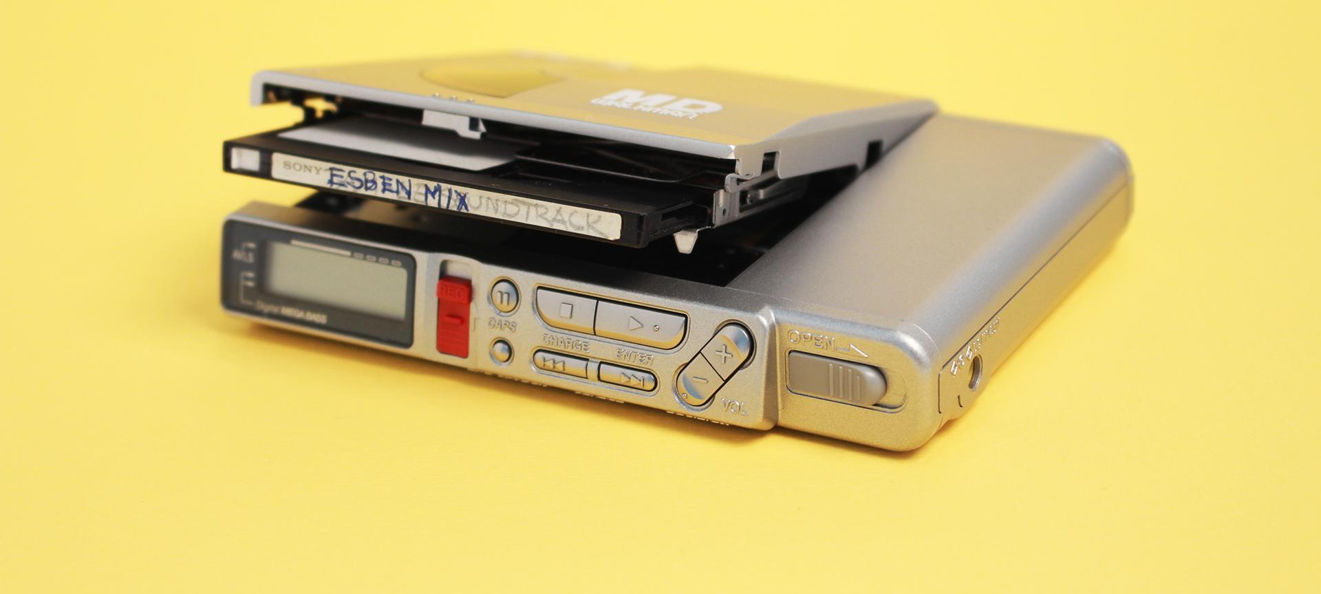 Bærbar MiniDisc-afspiller med mix af Esben