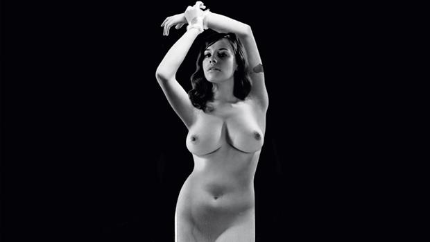 per knudsen hvor dyb er en kvinde