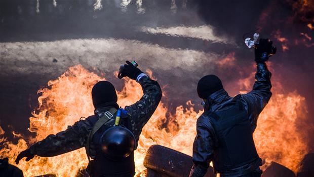 demo-molotov.jpg