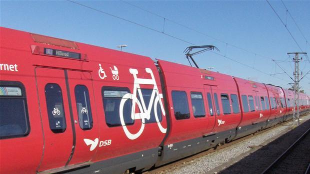Flere S-tog holder stille på grund af kabeltyveri | Indland | DR