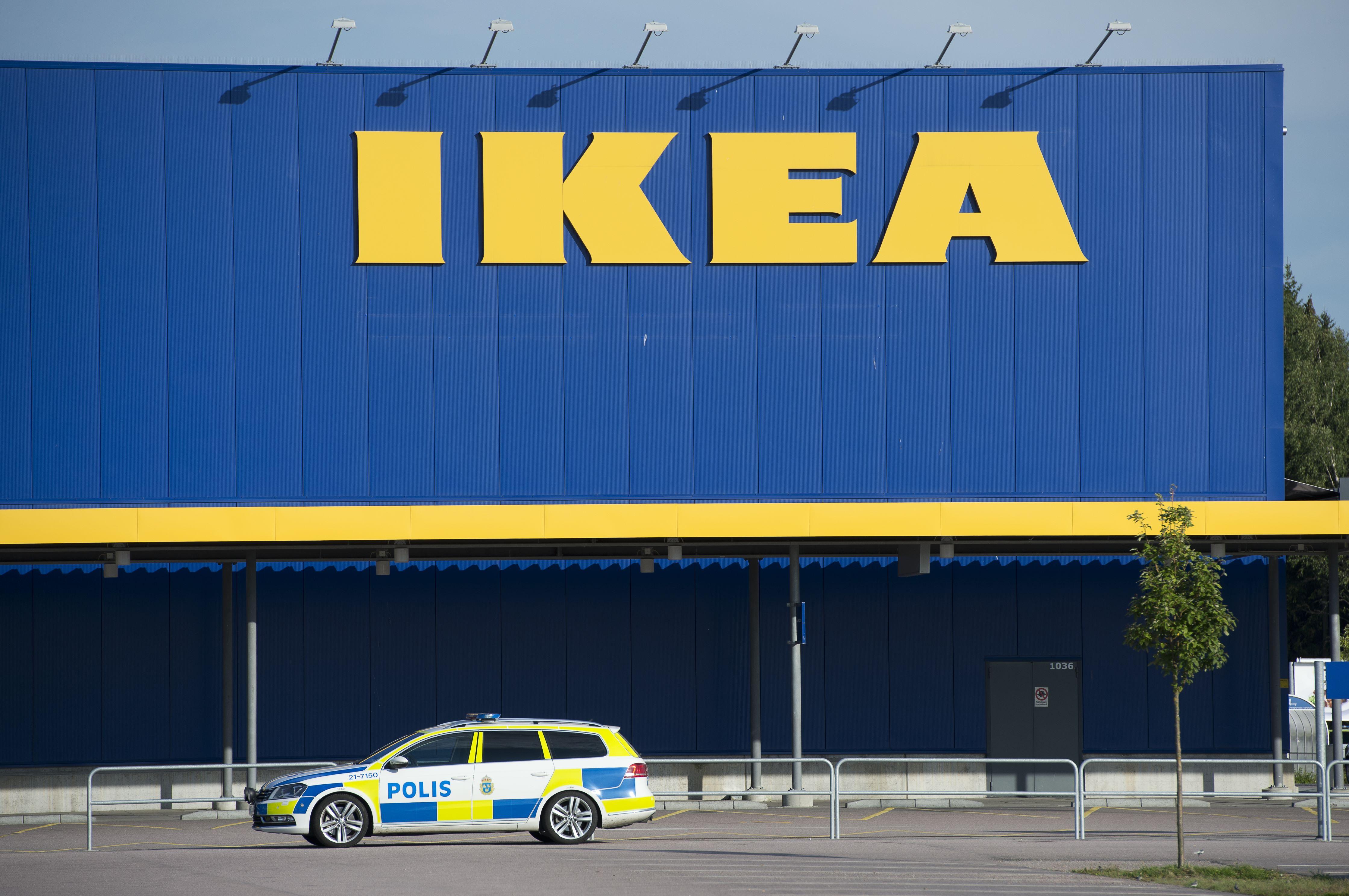 ikea möbelvaruhus västerås västerås - Hårdt såret mand anholdt for Ikea drab Udland DR